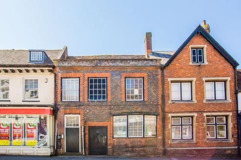 Studio to rent - West Street, Buckingham