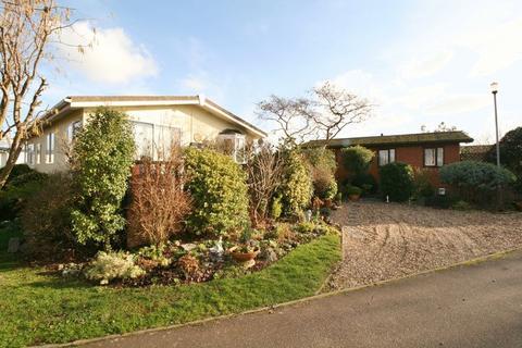 2 bedroom lodge for sale - Promenade Way,Brightlingsea