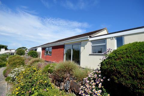 3 bedroom detached bungalow to rent - Lambourne Avenue, St. Agnes
