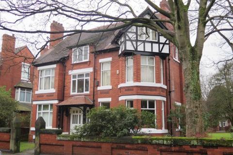 Studio to rent - Pine Road,  Didsbury, M20