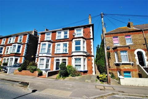 6 bedroom semi-detached house for sale - Canterbury Road, Margate