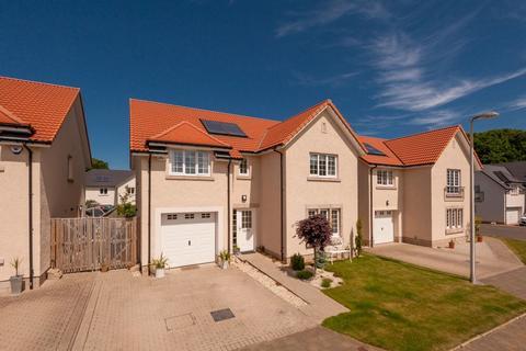 5 bedroom detached house for sale - 22 Elginhaugh Gardens, Eskbank, EH22 3GZ