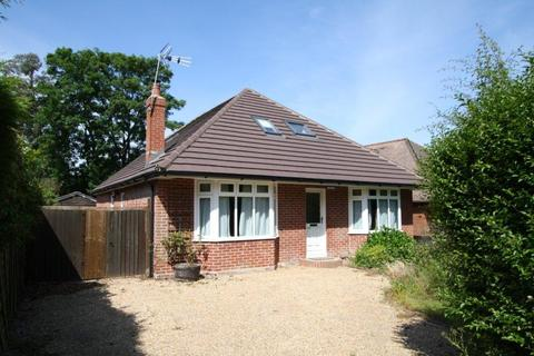 4 bedroom detached bungalow to rent - Baltic Road SO30