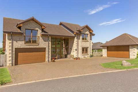 5 bedroom detached house for sale - Hillsview House, Halmyre Loan, Romannobridge, West Linton, EH46 7DN