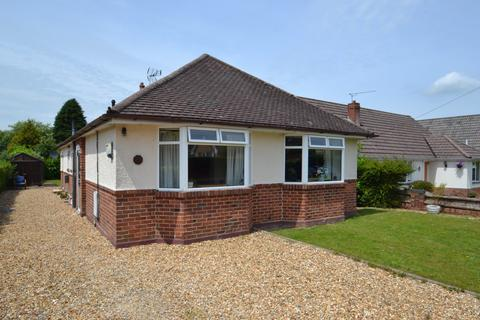 3 bedroom bungalow for sale - Corfe Mullen