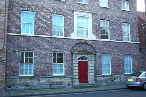 1 bedroom flat to rent - St Andrewgate, City Centre