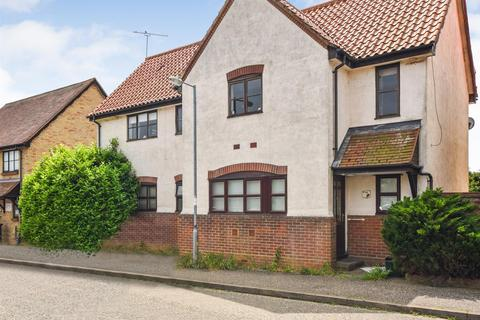 2 bedroom maisonette to rent - Anson Close, South Woodham Ferrers