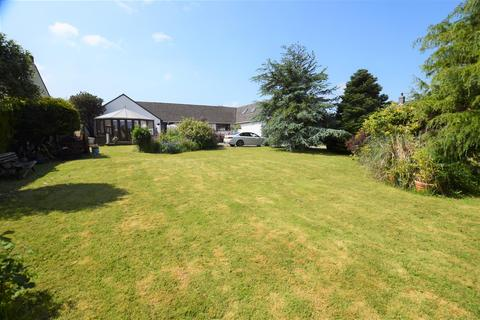 4 bedroom detached bungalow for sale - Ashdale Lane, Llangwm, Haverfordwest