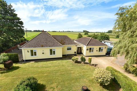 4 bedroom detached bungalow for sale - Fen Bank, Friskney, PE22