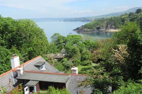 2 bedroom flat for sale - Top flat, Yet Yr Hendy, Cwm-yr-Eglwys, Dinas Cross, Newport, Pembrokeshire