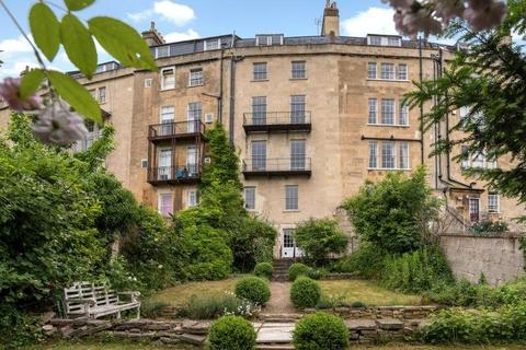 6 bedroom terraced house for sale - Widcombe Crescent, Bath, BA2