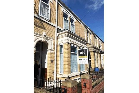4 bedroom terraced house for sale - Glencoe Street, Hull