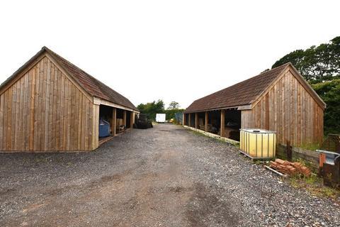 3 bedroom barn for sale - Hayfields, The Street, Alveston
