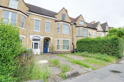 5 bedroom terraced house for sale - Beverley Road, Hull