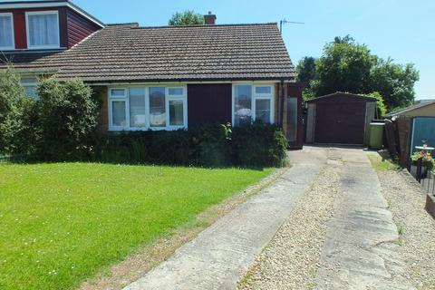 2 bedroom semi-detached bungalow for sale - Vale Road, Cirencester
