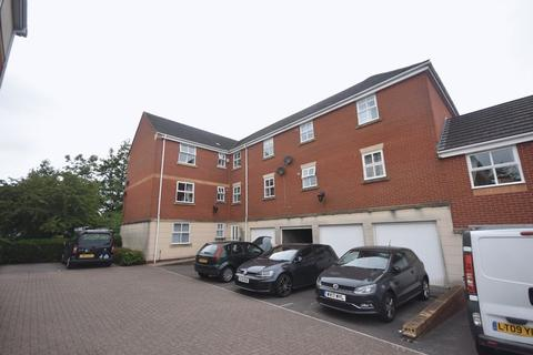 2 bedroom apartment for sale - Hallen Close Emmersons Green