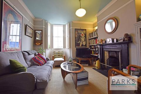 4 bedroom terraced house to rent - College Gardens, Brighton, BN2