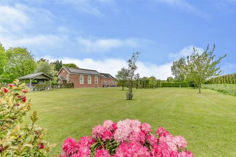 4 bedroom detached house for sale - Chapel Lane, Great Bromley, Colchester, Essex