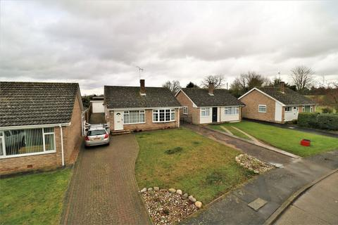 2 bedroom detached bungalow for sale - Springhill Close, Great Bromley, Colchester, Essex