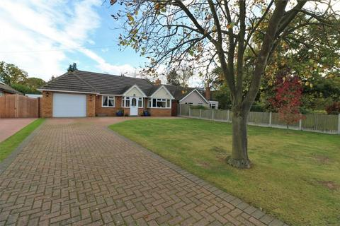 4 bedroom detached bungalow for sale - Woodland Way, Wivenhoe, Colchester, Essex