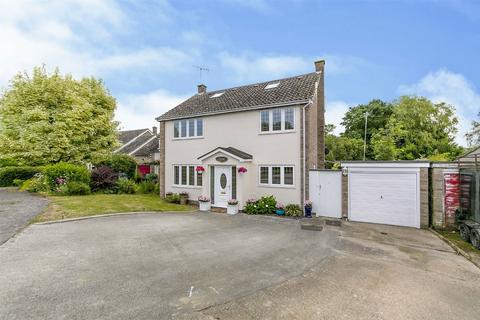 4 bedroom detached house for sale - St Georges Close, Great Bromley, Colchester, Essex
