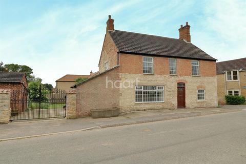 3 bedroom detached house for sale - Woolsthorpe Road, Woolsthorpe by Colsterworth