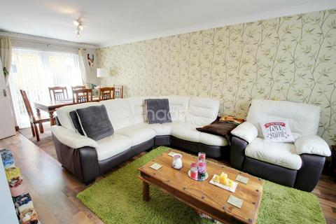 3 bedroom terraced house for sale - Rowanberry Avenue, Leicester