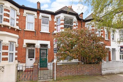 4 bedroom terraced house for sale - Vanderbilt Road, London SW18