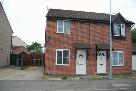 2 bedroom semi-detached house to rent - Lindley Close, Norwich