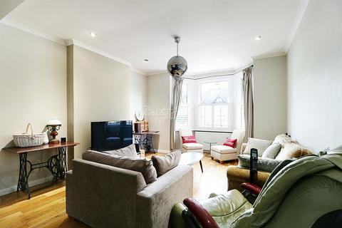 4 bedroom semi-detached house for sale - Shrewsbury Lane, Shooters Hill, SE18