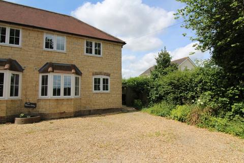 3 bedroom property to rent - COMPARE OUR FEES