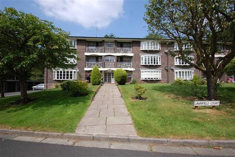 2 bedroom flat for sale - Lawnfield Court, Bramhall, Cheshire
