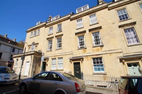 2 bedroom flat to rent - Chatham Row