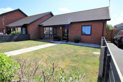 2 bedroom semi-detached bungalow for sale - Bridgemill Close, LIVERPOOL, Merseyside