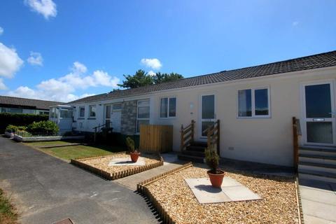 2 bedroom bungalow for sale - Karen Close, Bideford