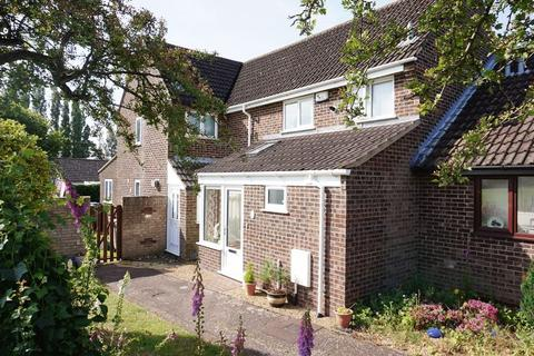 3 bedroom terraced house for sale - Nursery Close, Hellesdon, Norwich