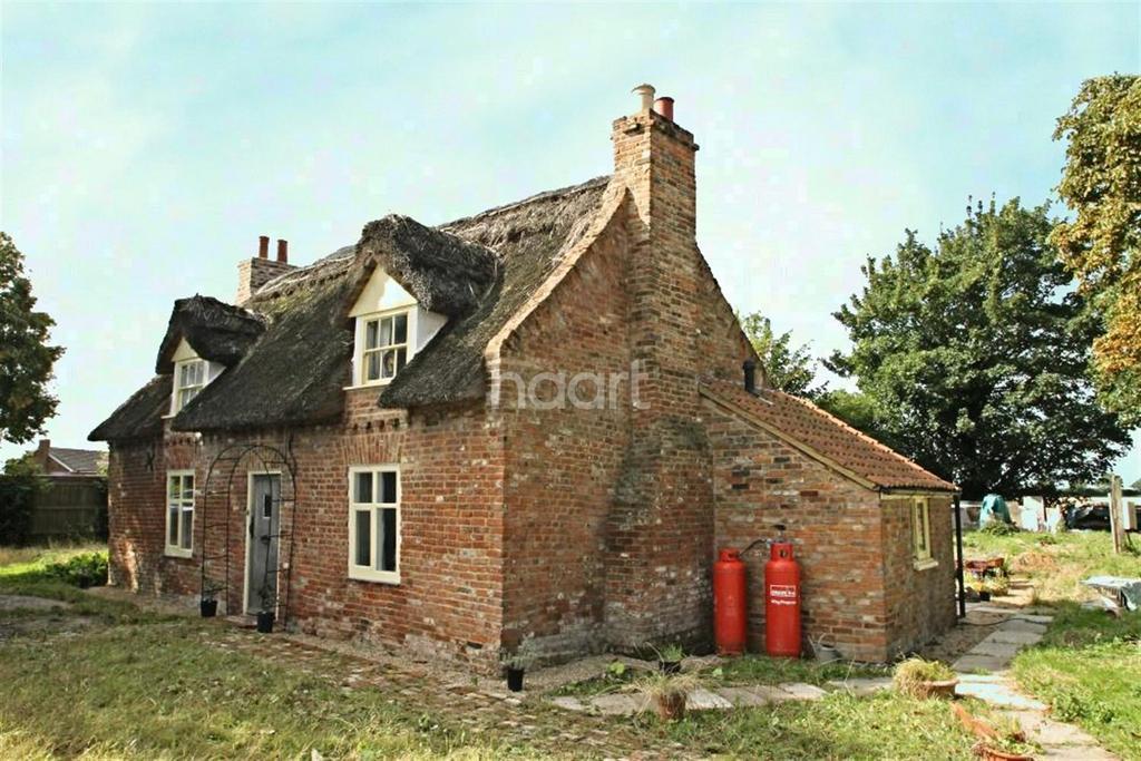 4 Bedrooms Detached House for sale in Sutton Crosses, Long Sutton