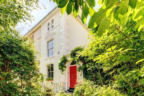 4 bedroom semi-detached house for sale - Highbury Villas, Kingsdown