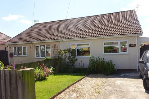 2 bedroom semi-detached bungalow to rent - South Crescent, Chapel St Leonards