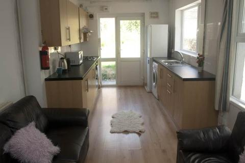 1 bedroom house share to rent - Rhyddings Terrace, Brynmill, Swansea