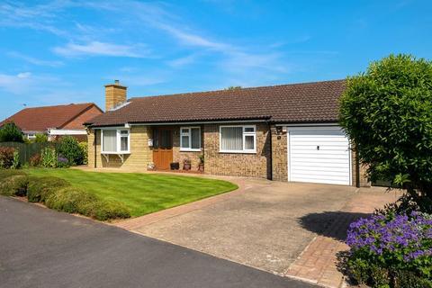 3 bedroom bungalow for sale - Mark Avenue, Horncastle