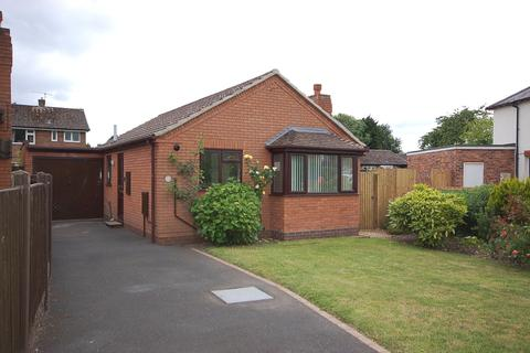 2 bedroom detached bungalow to rent - 10 Beaumaris Road, Newport, TF10