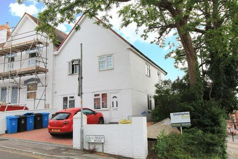 4 bedroom apartment for sale - Langley Road, Poole