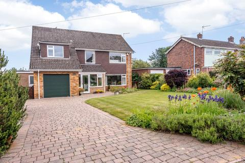 5 bedroom detached house for sale - Boulderside Close, Thorpe St Andrew, Norwich, Norfolk, NR7