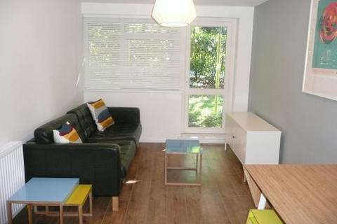 4 bedroom maisonette to rent - Brockworth Close, Kingston Upon Thames