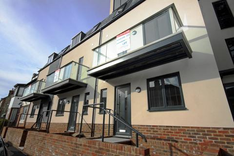 3 bedroom townhouse to rent - Hythe, Kent