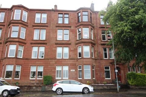 3 bedroom flat for sale - Finnart Street, Greenock