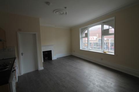 Studio to rent - High Street High Street,  LONDON, SE20