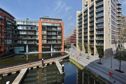 1 bedroom apartment to rent - Hepworth Court, Gatliff Close
