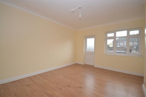 2 bedroom flat for sale - Clifford Court, Neasden